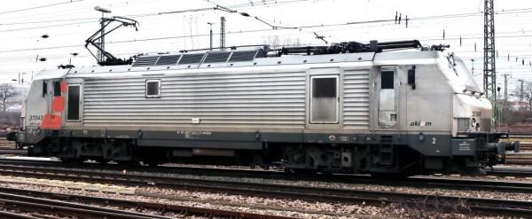 LF32-37028